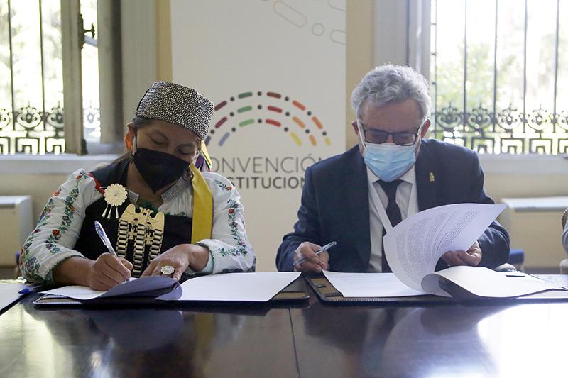 Universidades del Estado firman inédito acuerdo de cooperación con Convención Constitucional